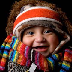 Sehr warm angezogenes Baby