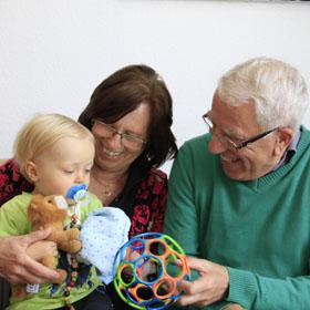 Kinderbetreuung durch oma von der steuer absetzen - Ihr werdet oma und opa ...