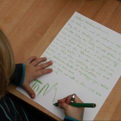 Dem Weihnachtsmann Einen Brief Schreiben Mamacleverde