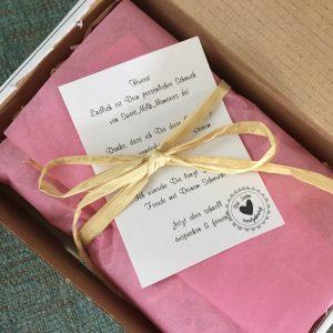 Verpackung des Muttermilchschmuckes von Sweet Milk Memories
