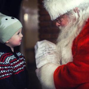 Wer bringt die Geschenke - der Weihnachtsmann oder das Christkind